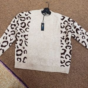 Animal print sleeve sweater